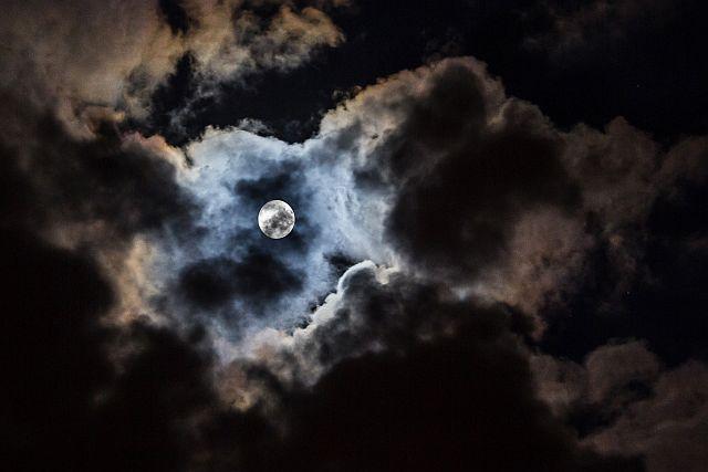Modrý Měsíc