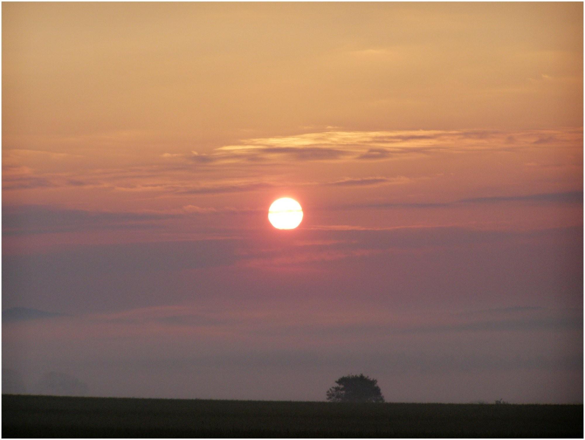 Východ slunce nad Bruntálem