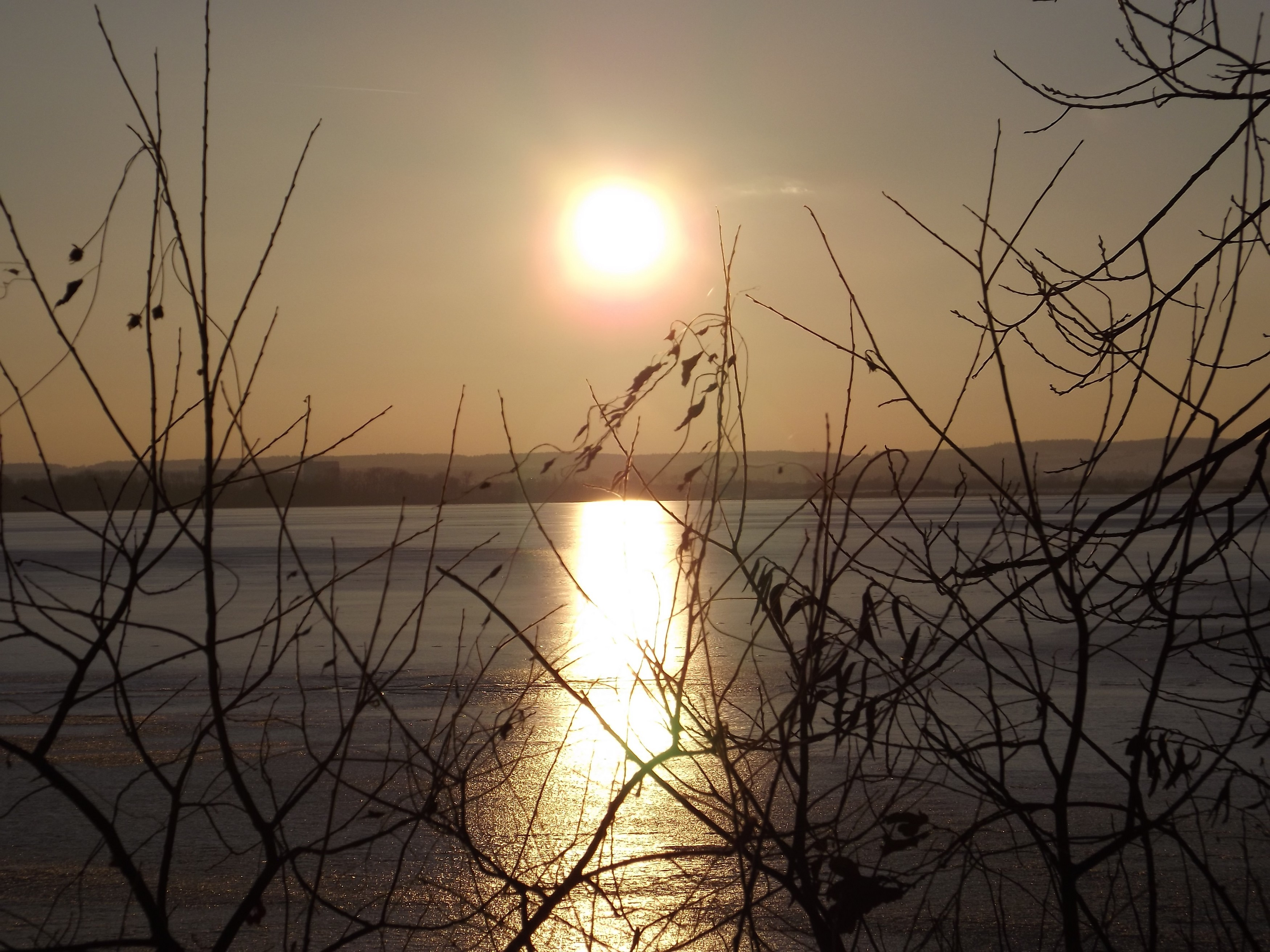 Západ Slunce nad ledem