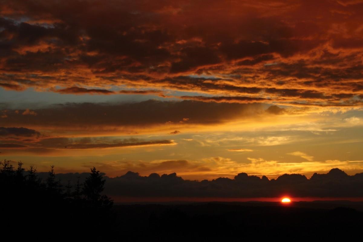 Zapadající Slunce - Míšov