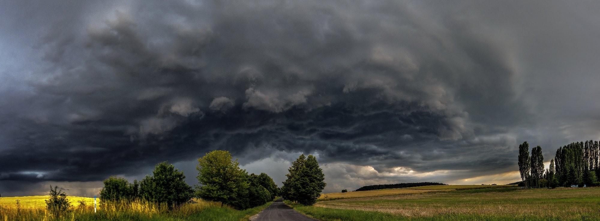 Bouřka v Podbořanech
