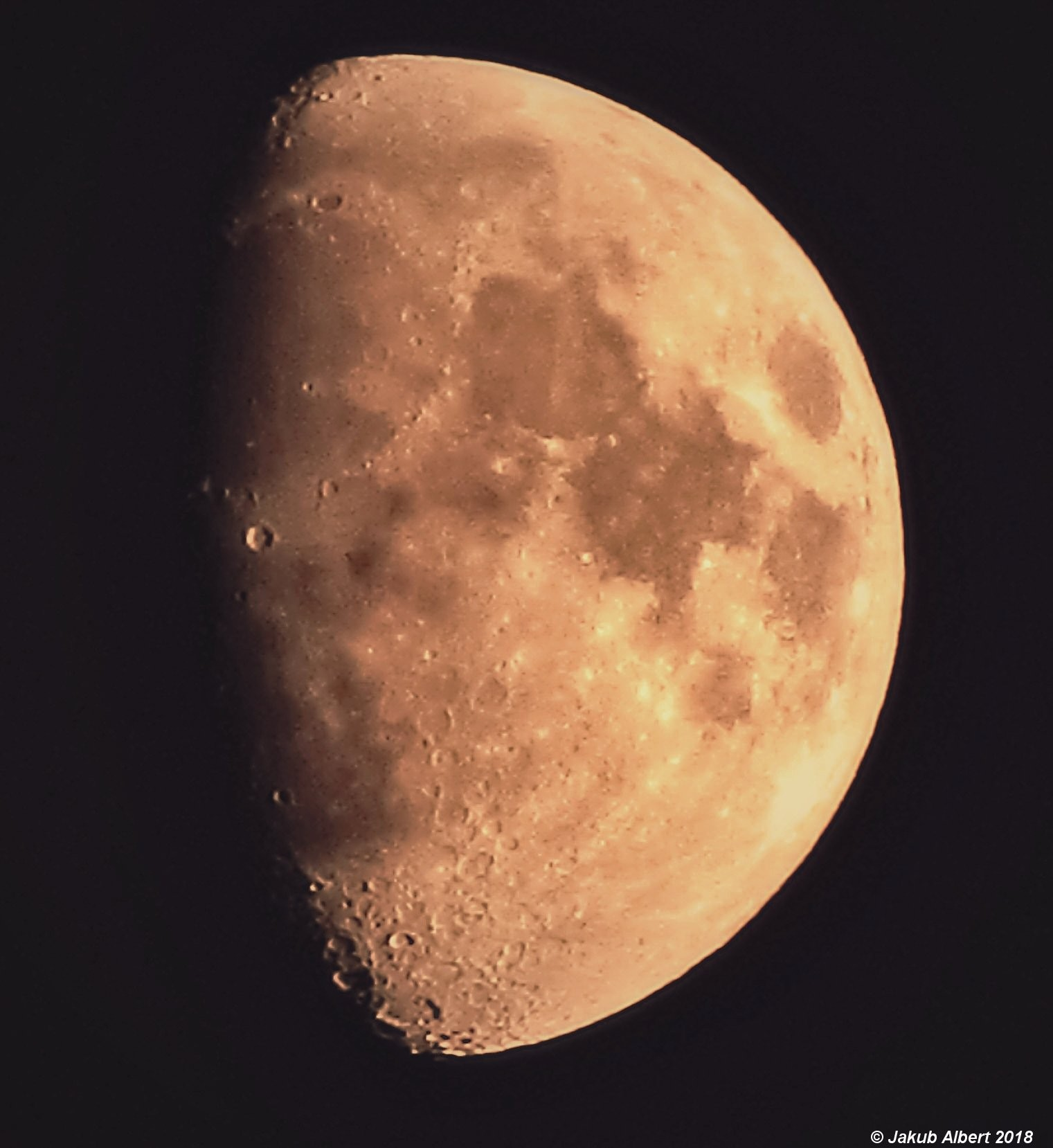 Dorůstající Měsíc