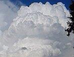 Oblaka nad Prachaticemi