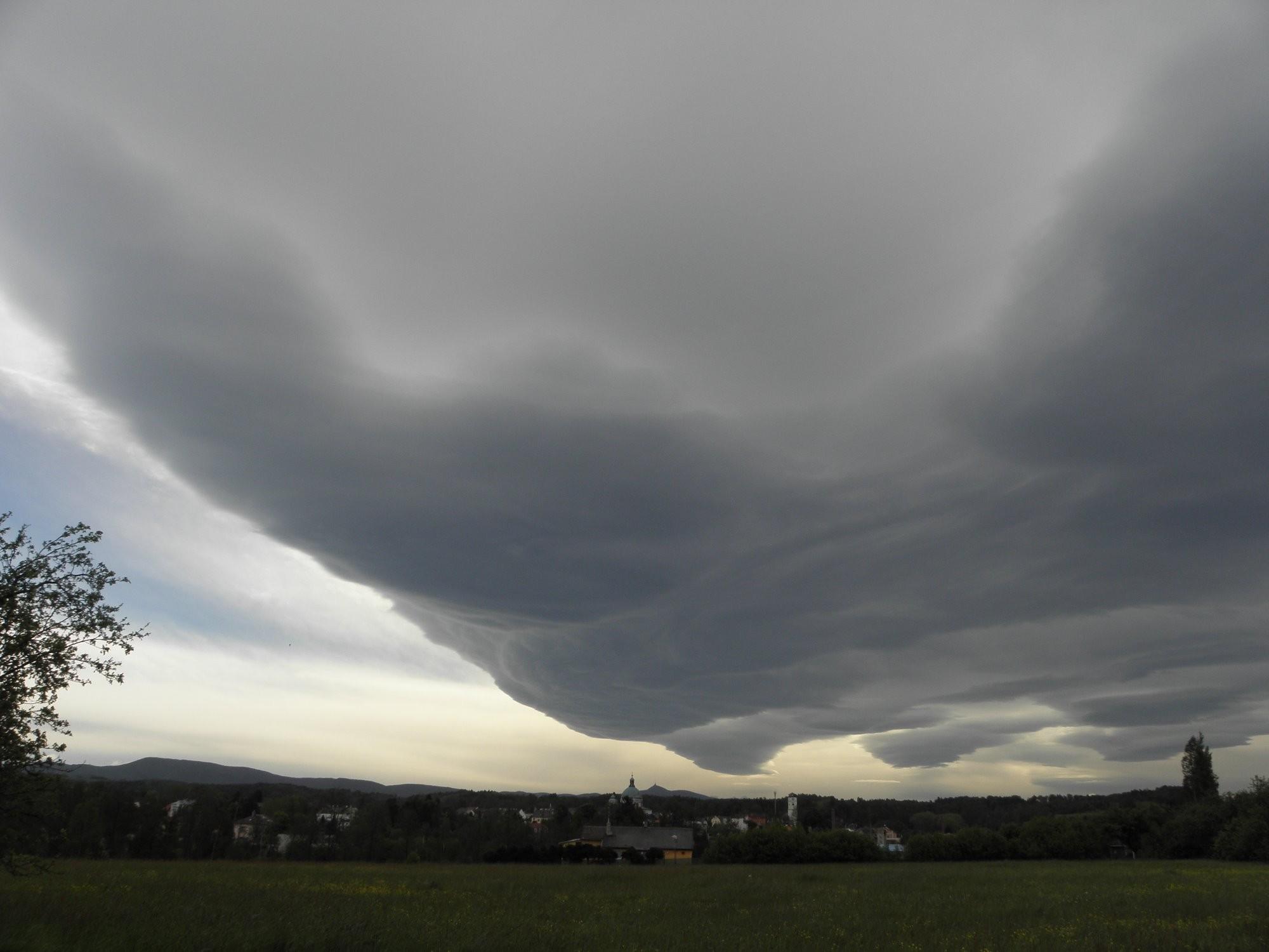 Oblaka - Lenticularis