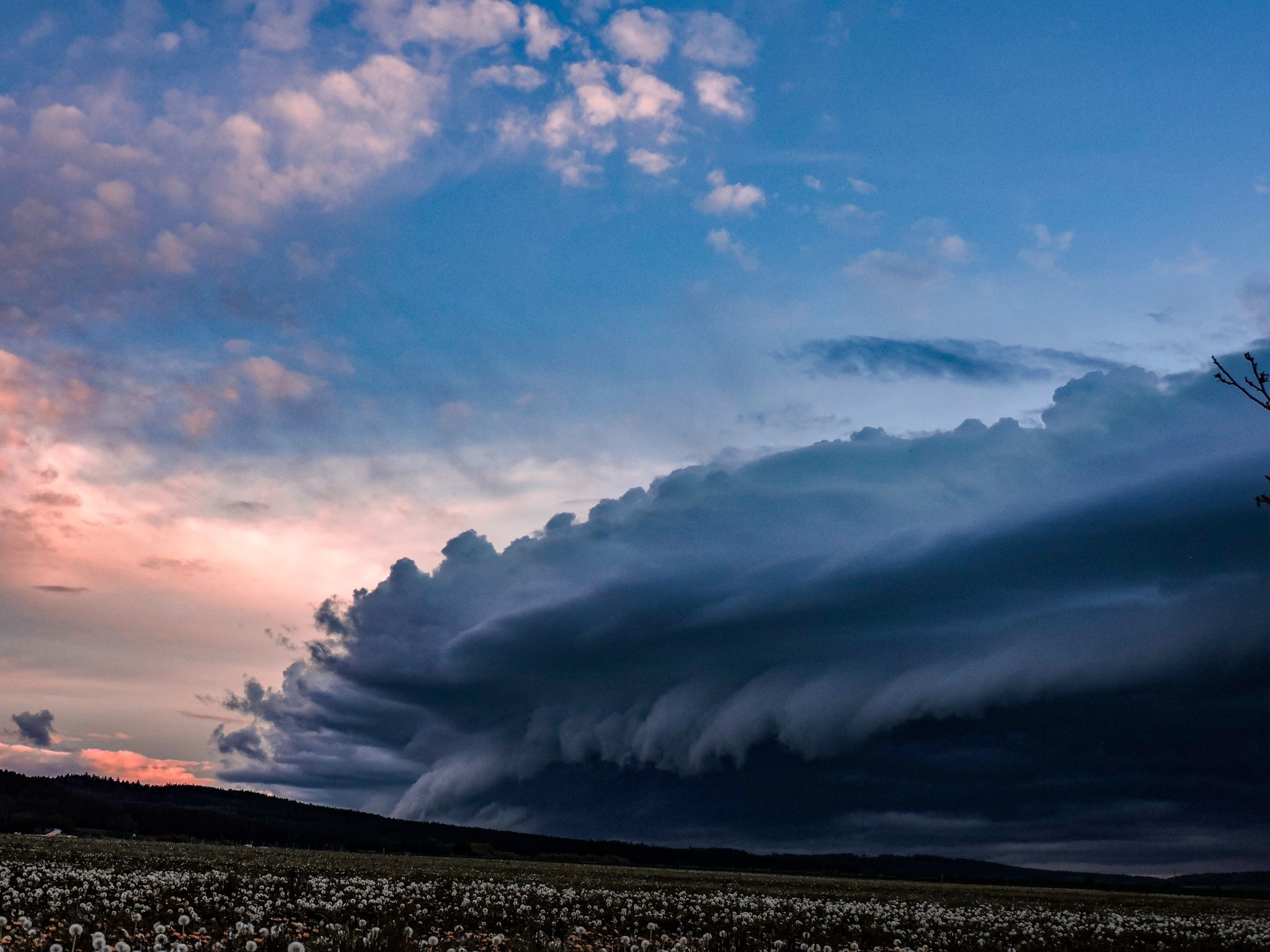 Shelf cloud -foceno Rpety