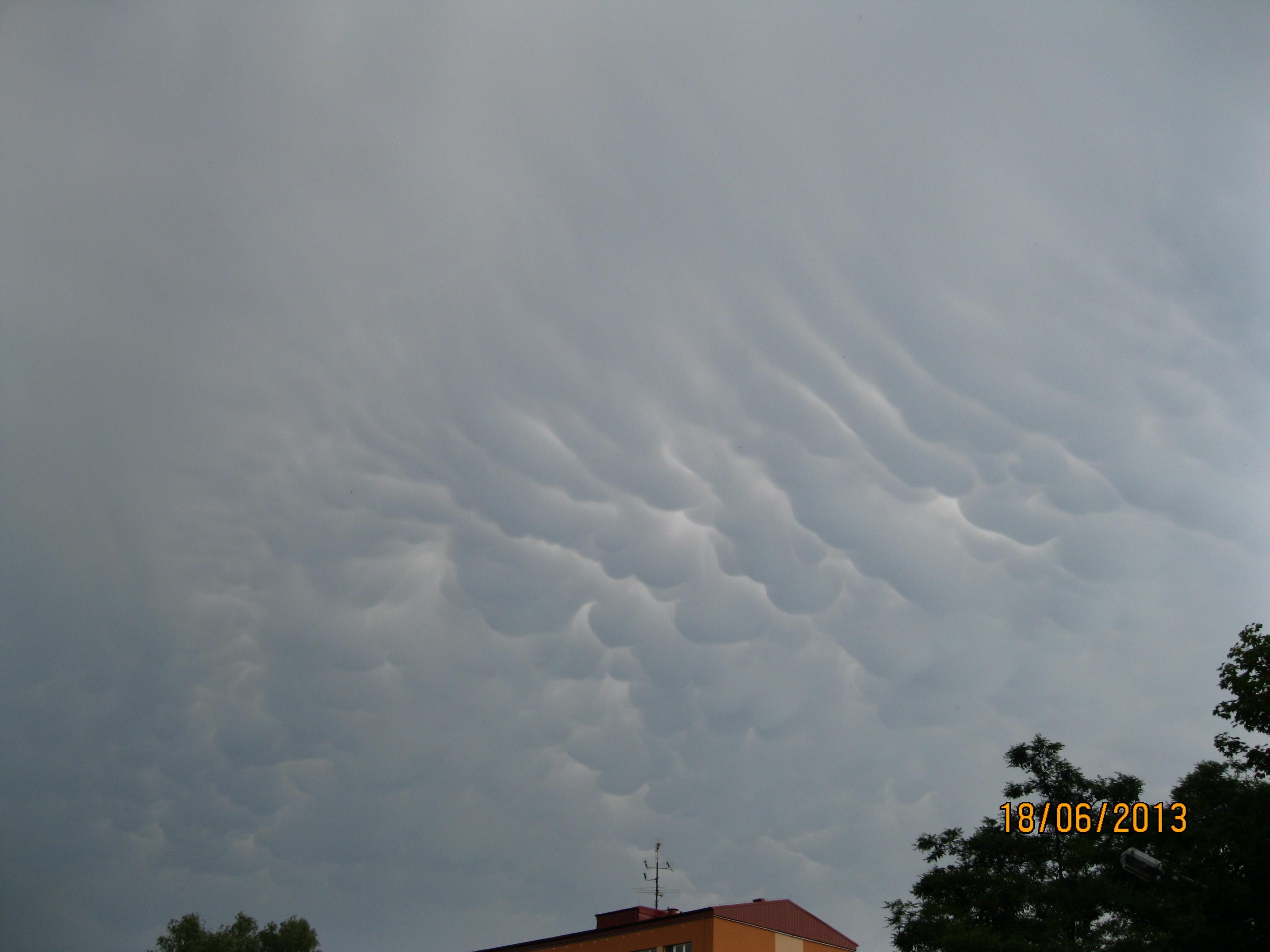 Mammata před bouřkou