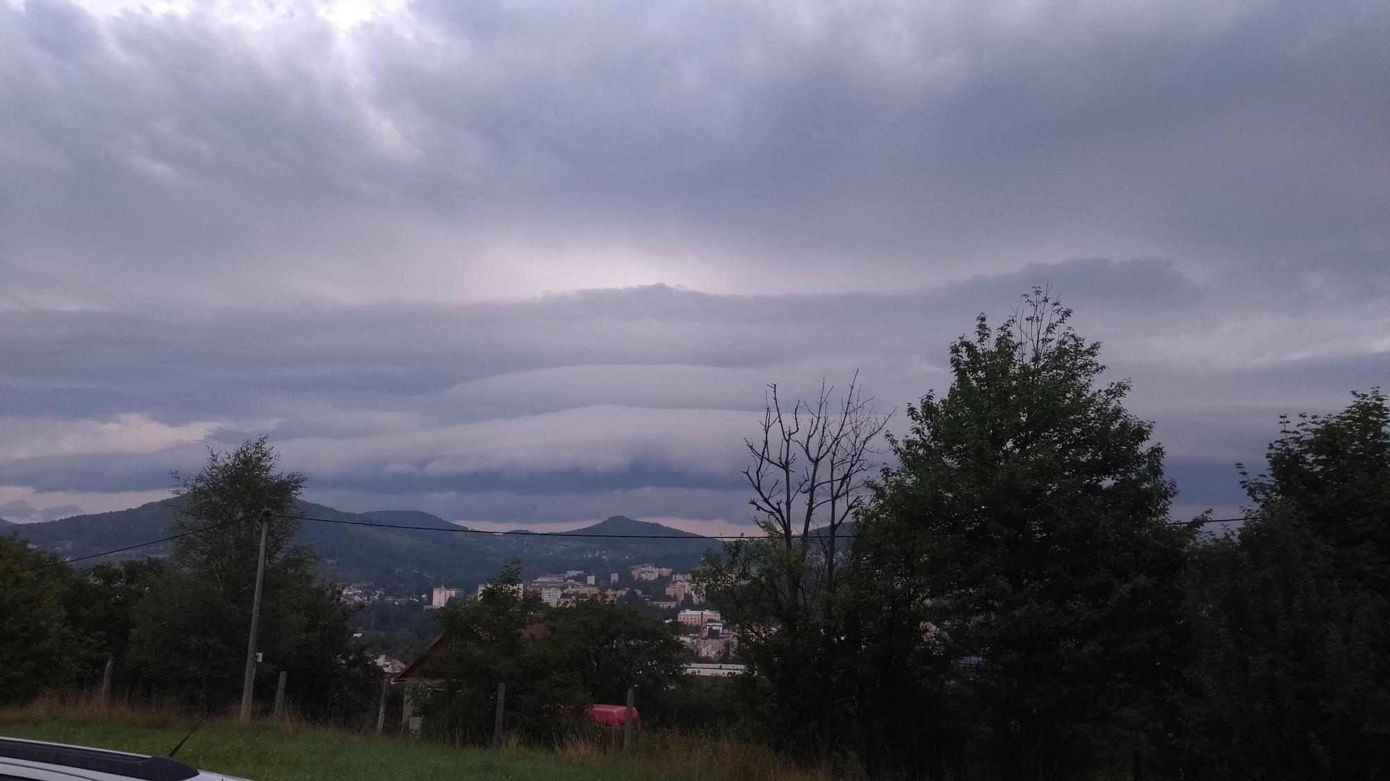 Ranní obloha
