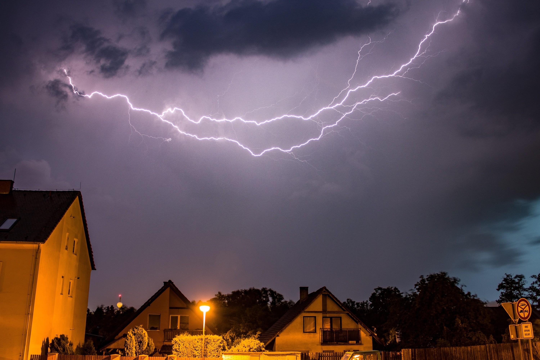 Bouřka nad Březnem u Chomutova
