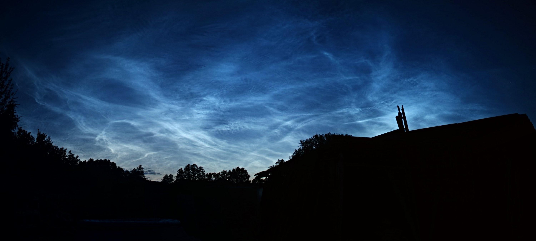 Noční svítíc oblaka