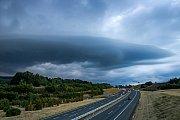 Talíř nad dálnicí