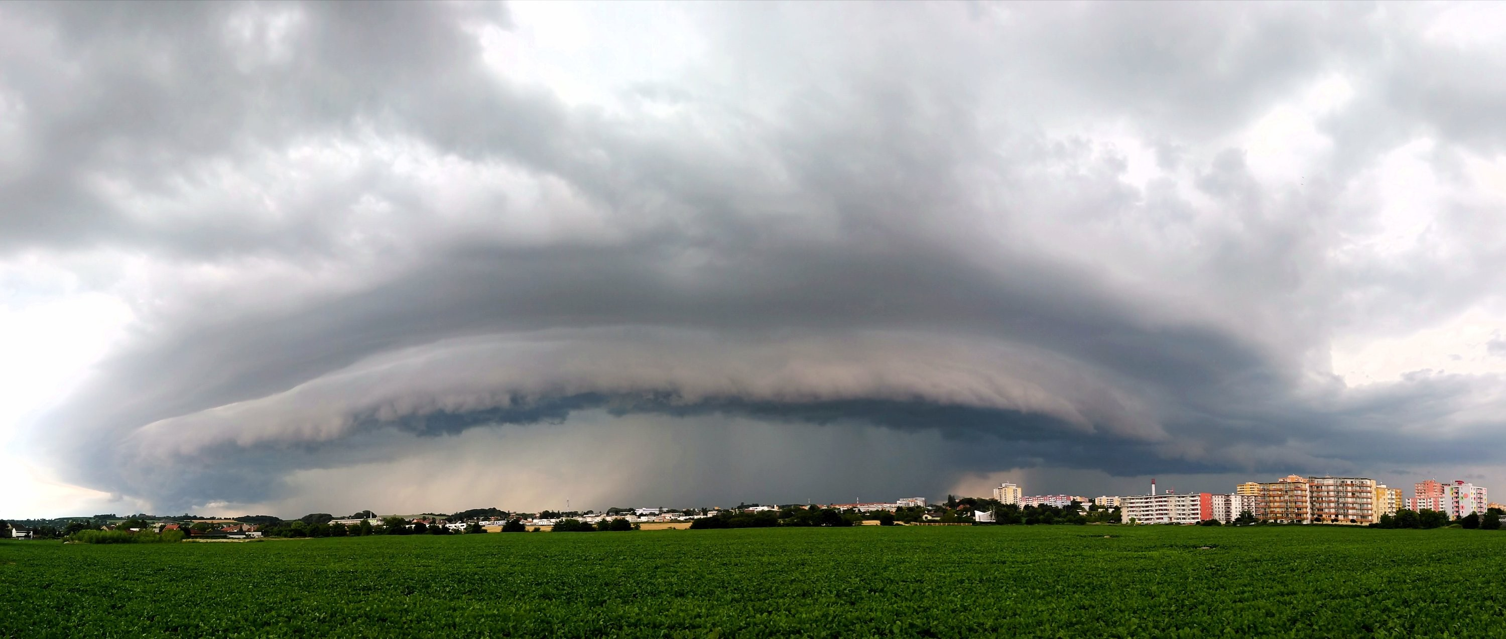 Shelf cloud v Olomouci