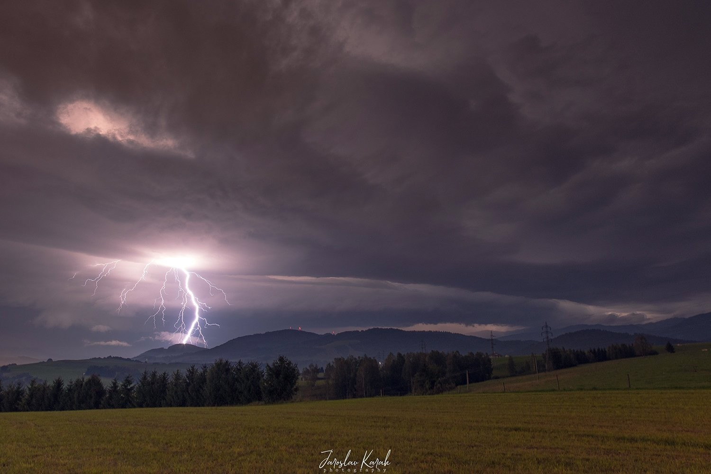 Búrka v okolí Brezna