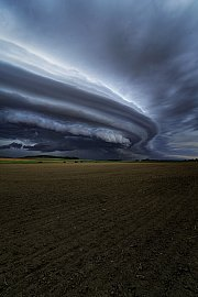Shelf cloud (Arcus)