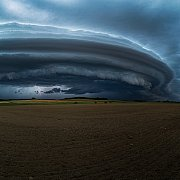 Shelf cloud (Arcus)  a CG blesk