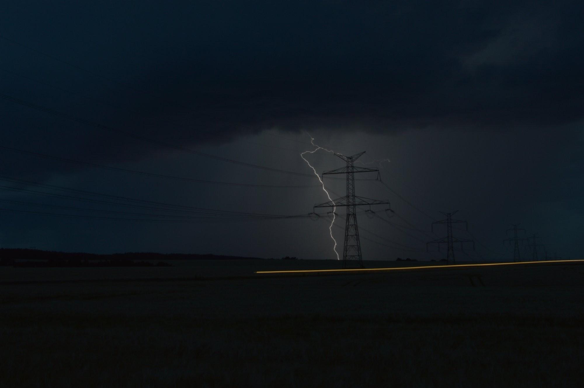 Letní bouřka u Brna