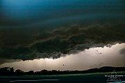 Bouřka osvětlená ICL