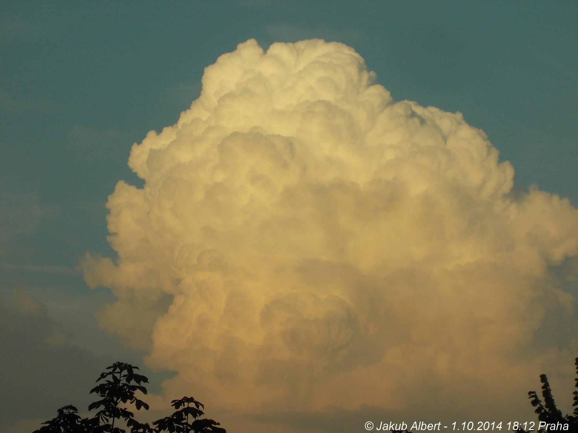 Nasvícený Cumulus