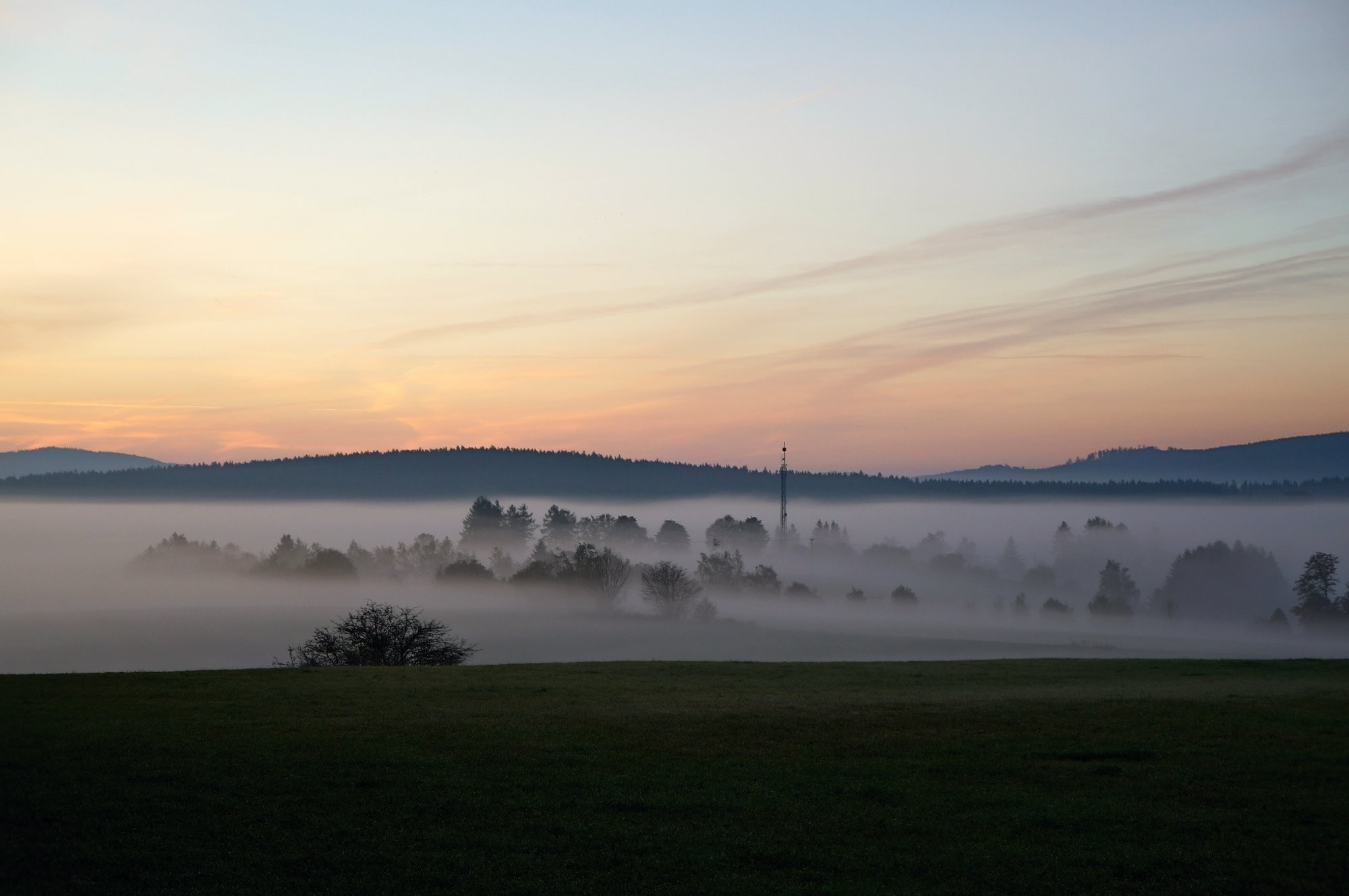 Ranní mlha nad Svratkou